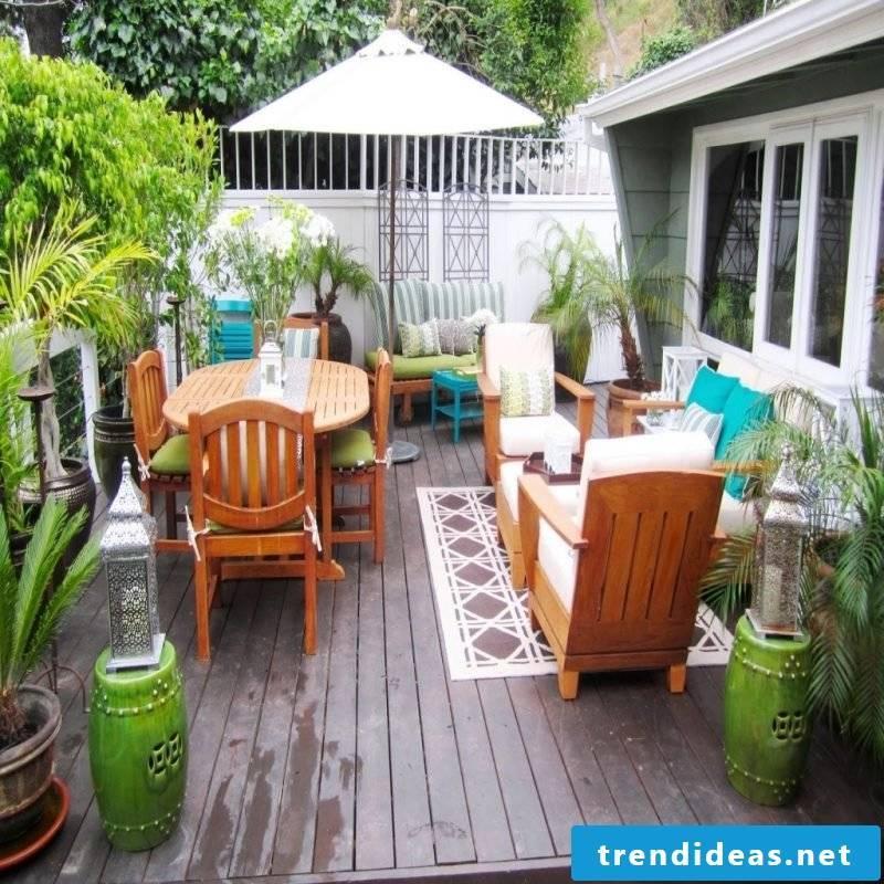 Design garden furniture for a warm atmosphere