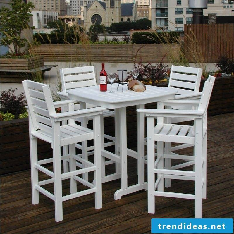Design garden furniture made of wood
