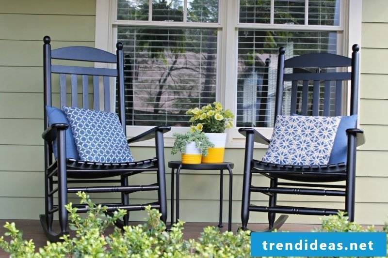 Design garden furniture: chairs can also be cozy
