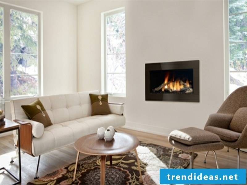 fireplace in the cozy whnzimmer
