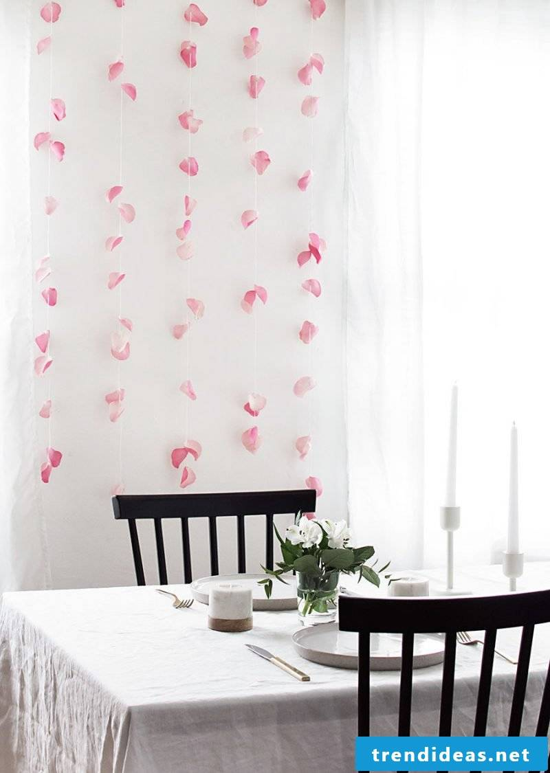 DIY idea for flower wall in the living room