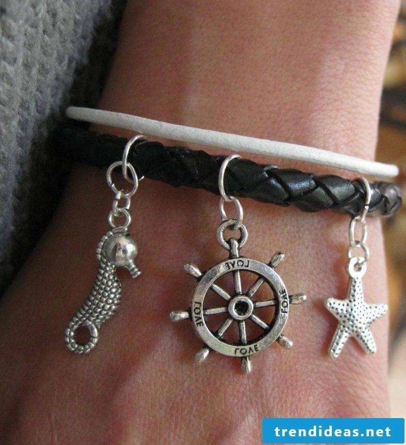 DIY bracelet leather