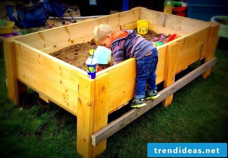 Sandbox build DIY idea