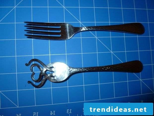 Silver cutlery jewelry Step 7