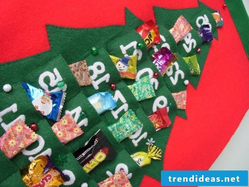 Advent calendars sew in the shape of a Christmas tree