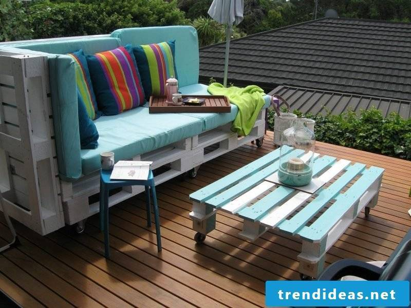 Sofa made of europallets for the balcony