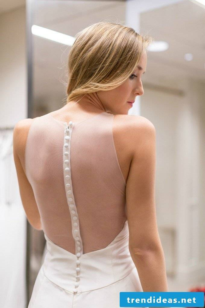 Tips for buying the perfect wedding dress