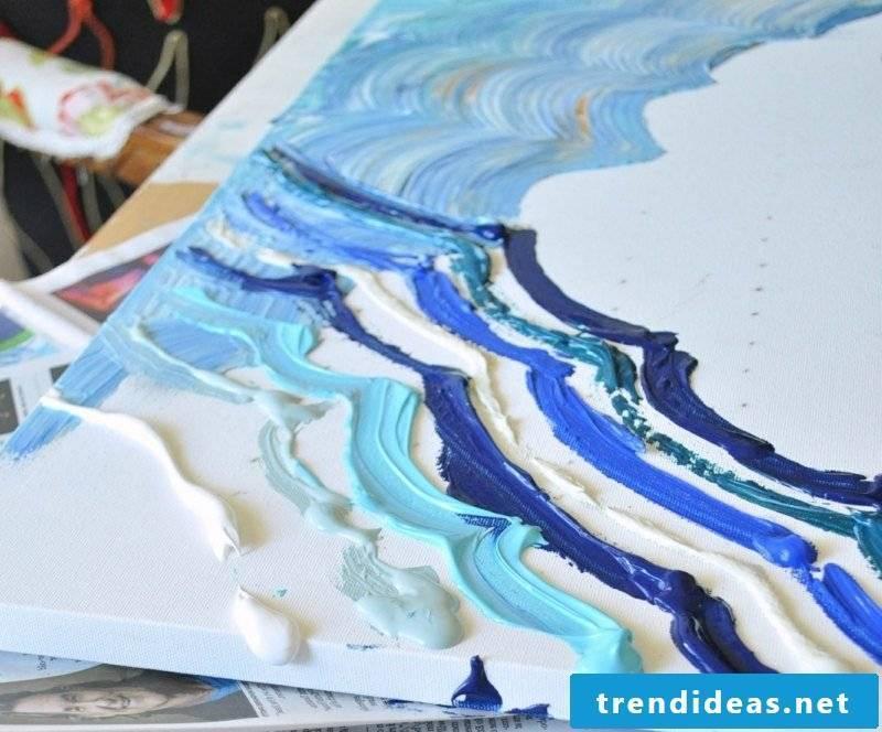Canvas for painting blue nuances