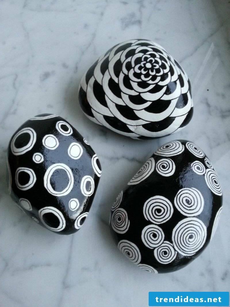 painted stones black