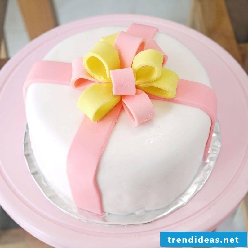 Fancy pies deco cake ribbon