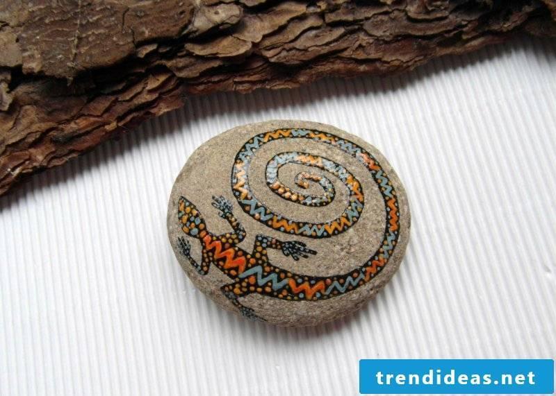 painted stones animal
