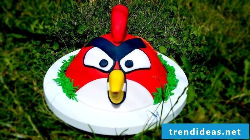 Motif pies themselves make Angry Birds