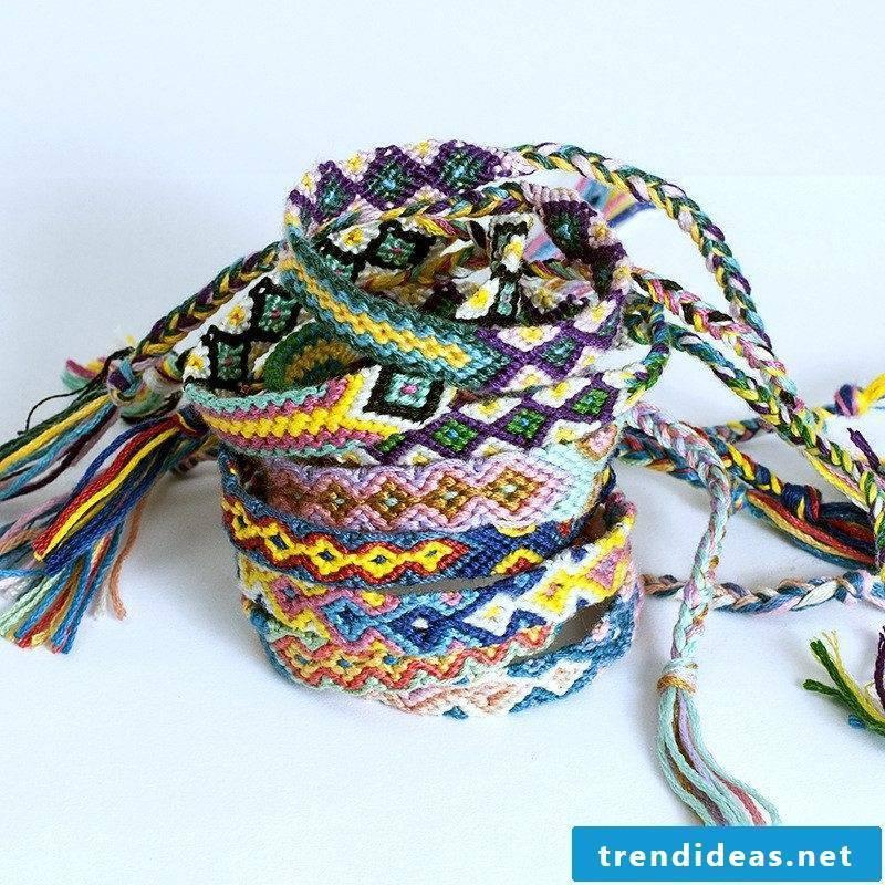 DIY bracelet Colorful ribbons