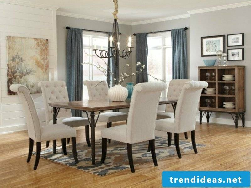 modern mini dream carpet in the dining room