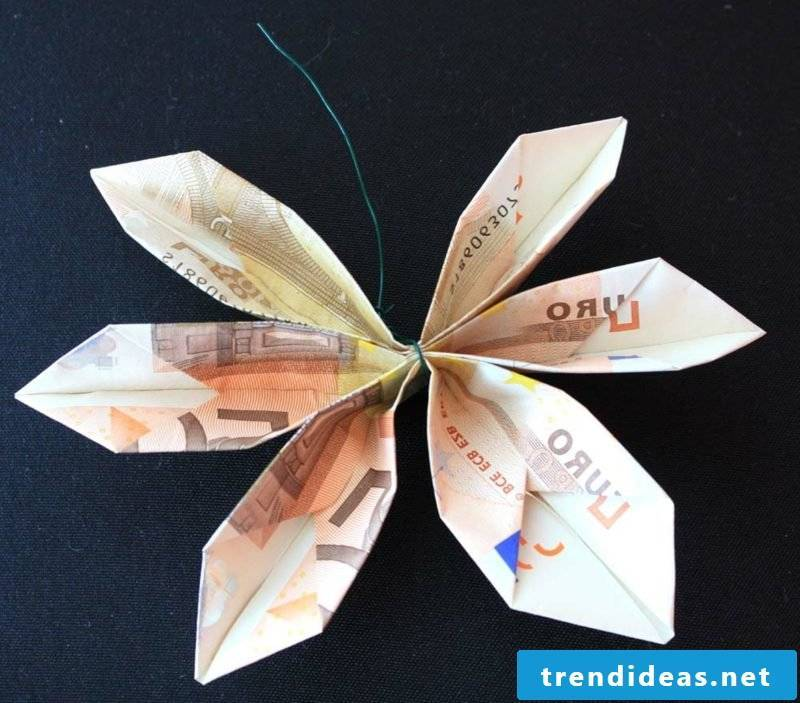 Banknote flower ideas and inspirations