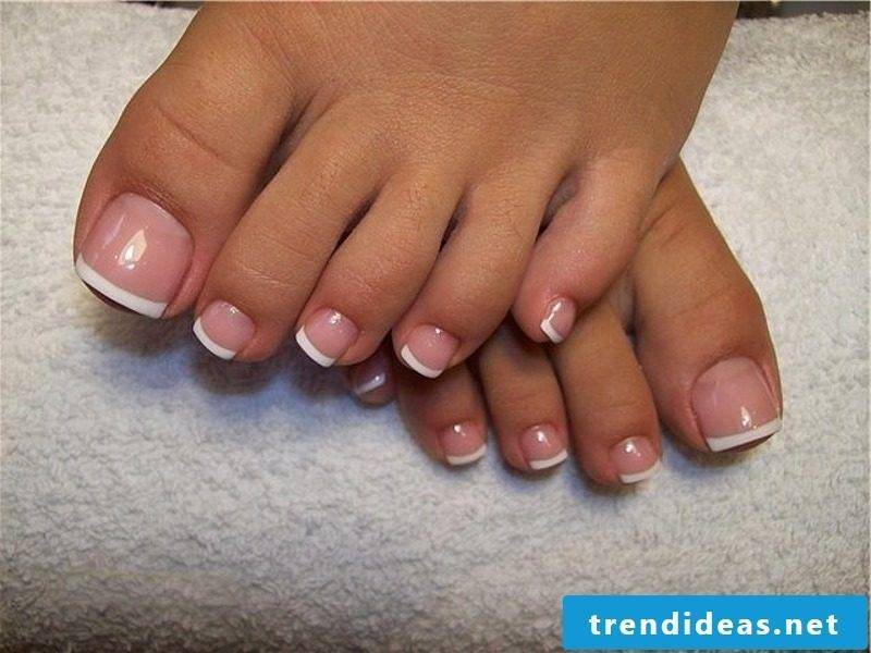 French nail design