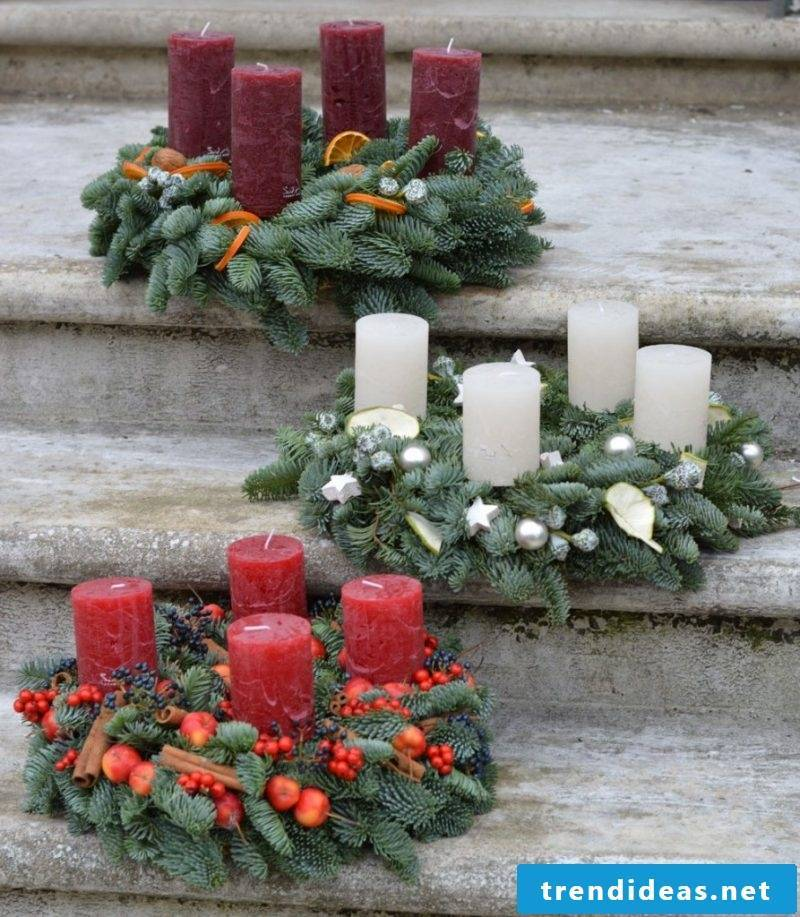 Order Advent wreath - that's the traditional look