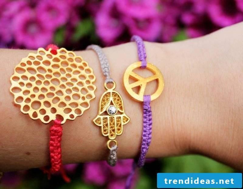 bracelets make funny