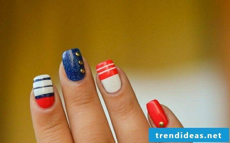 DIY nails with decorative stripes