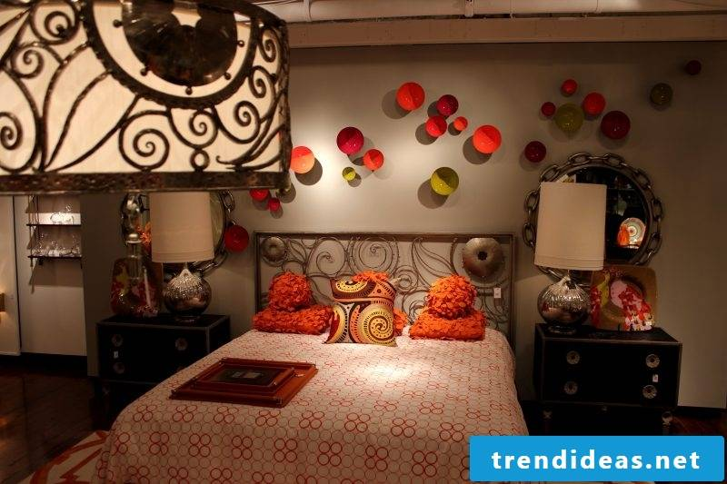 Bedroom: Asian style furniture in Chinese style
