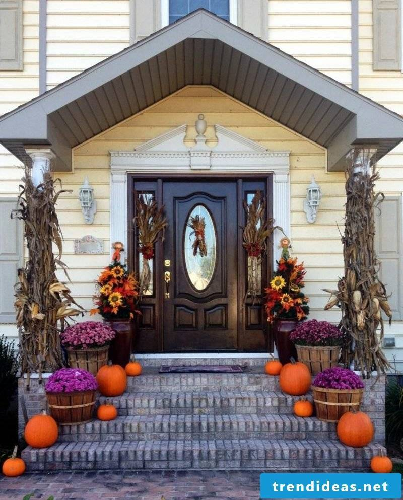 make great autumn decoration for the entrance itself