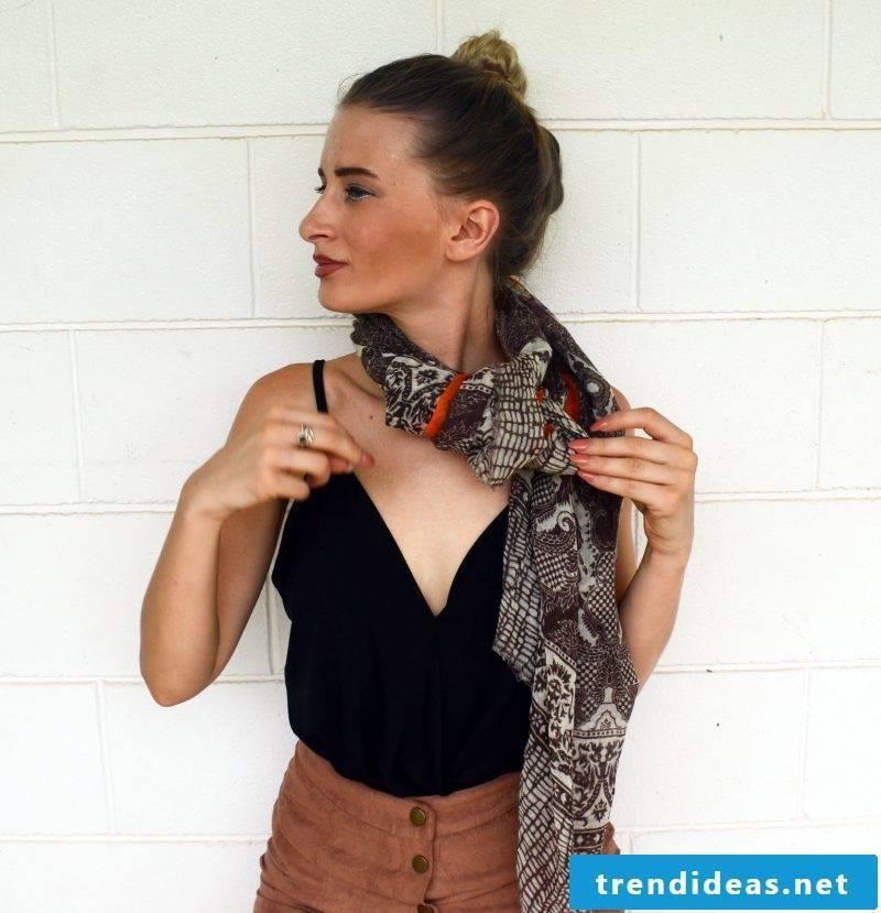 Loop scarf tie step 2