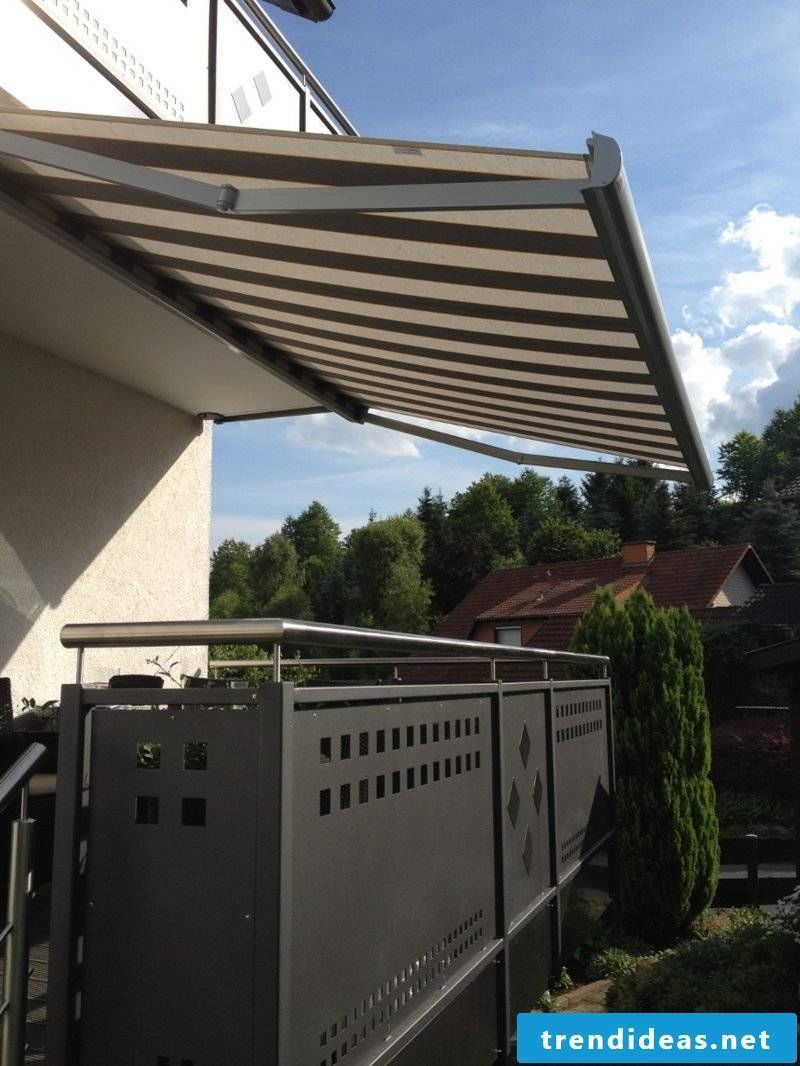 Balcony awning classic look