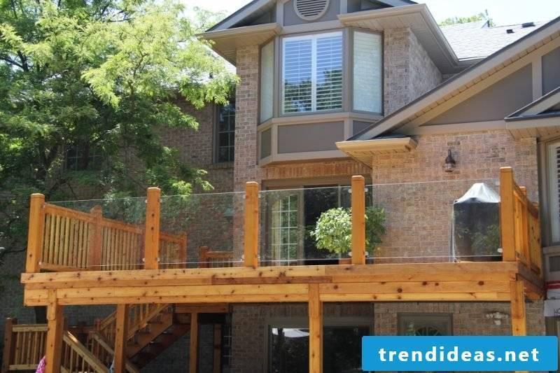 Balcony railing wood and glass