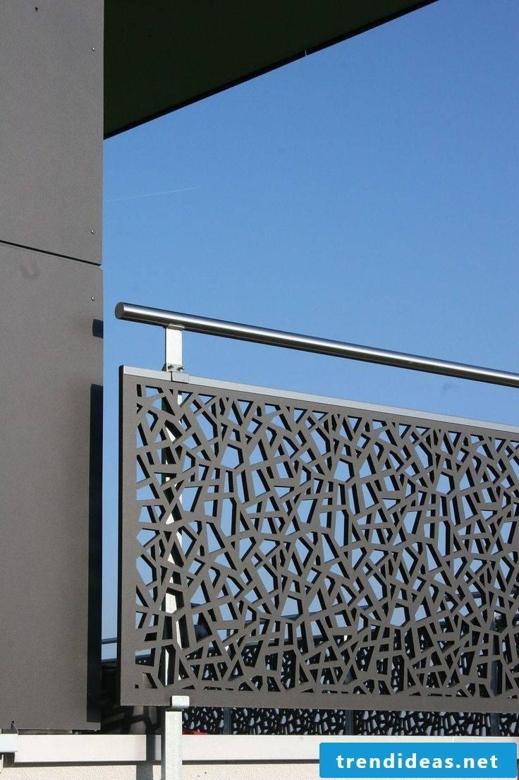 balcony railing black
