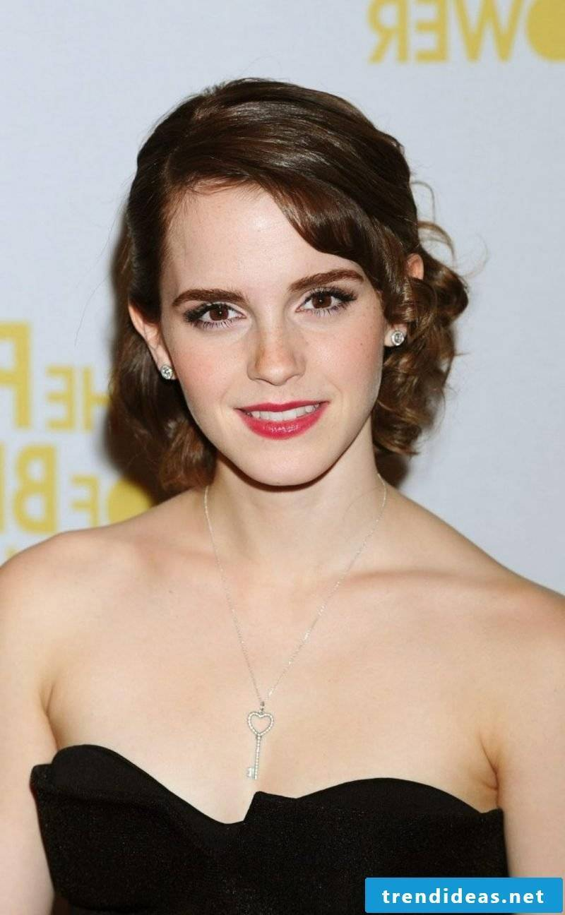 Hair color brown chocolate brown hair Emma Watson hairstyle with retro look