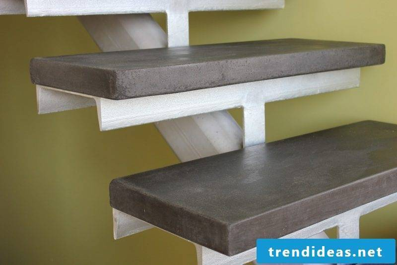 Concrete stair with metal