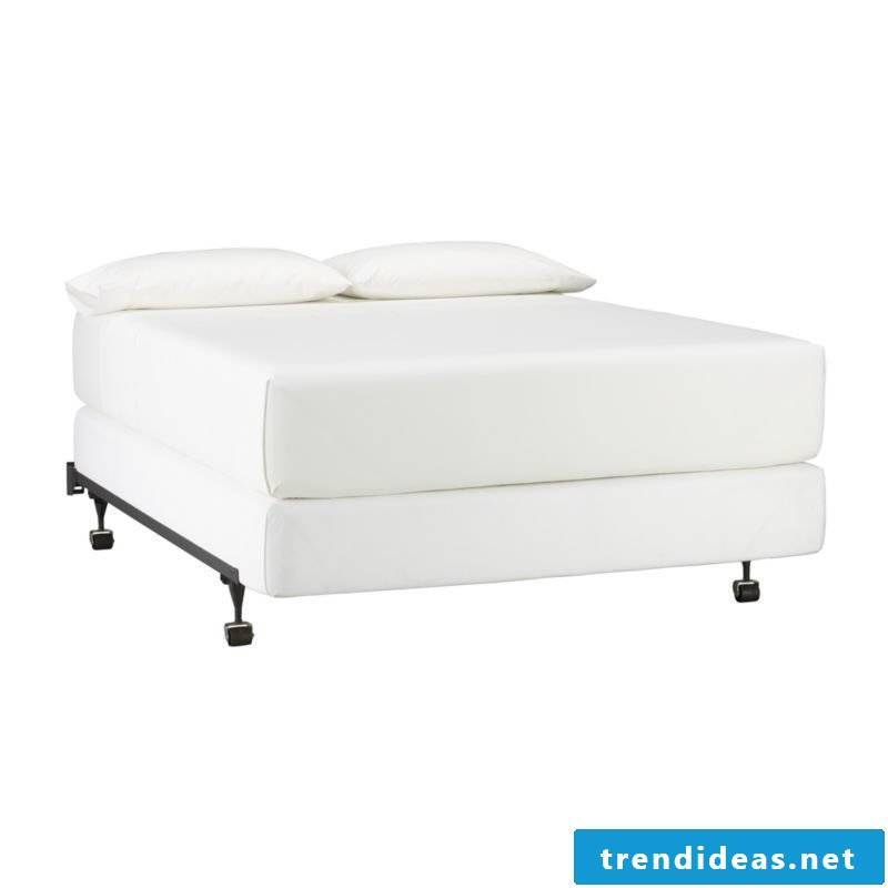 Bed without headboard boxspring system