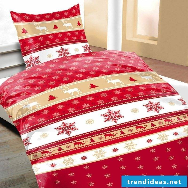 Christmas bedding traditional motifs reindeer, snowflakes and firs