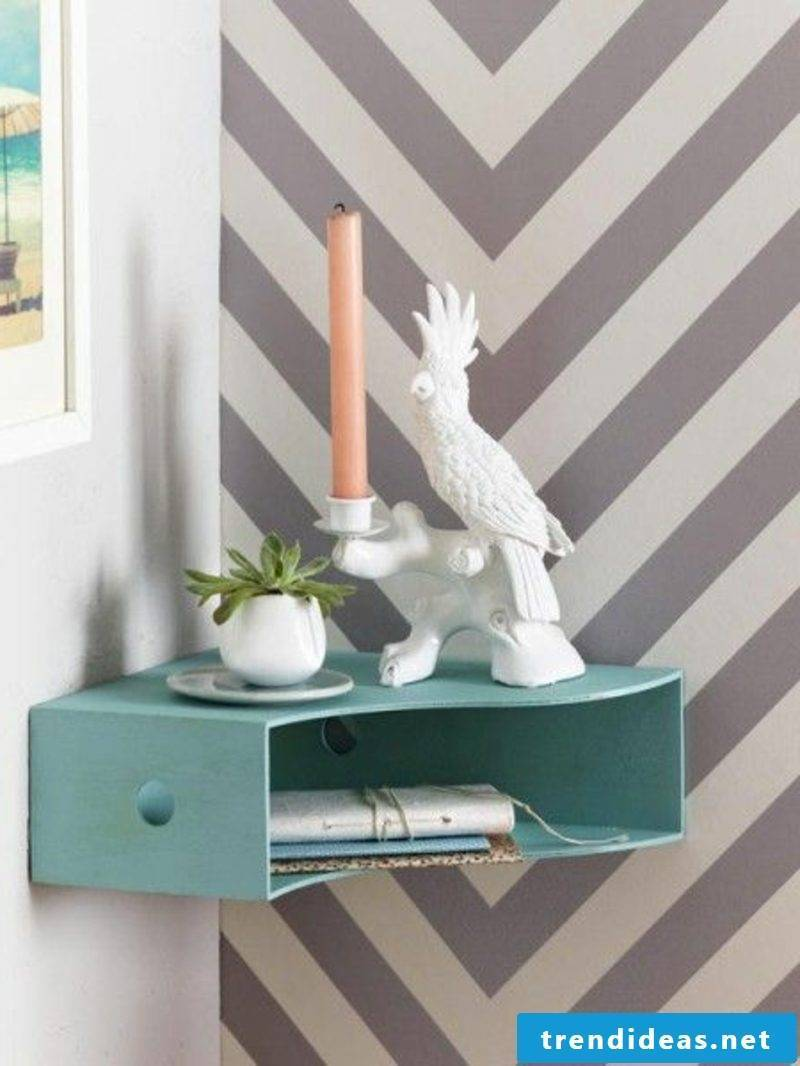 Bedside table for hanging