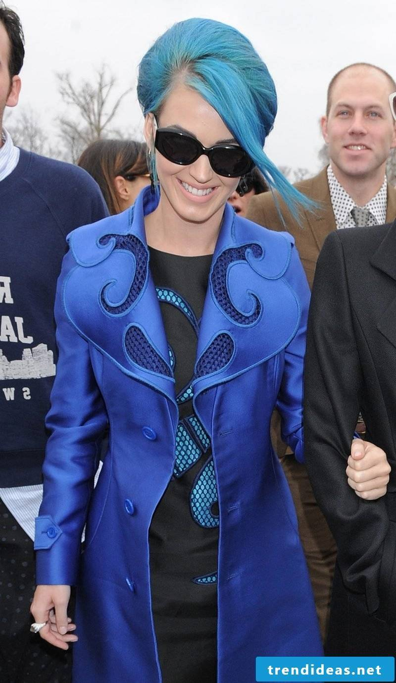 blue hair hairstyles blue trend hair color promineneten katy perry blue hair