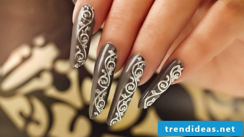 Fingernail design long