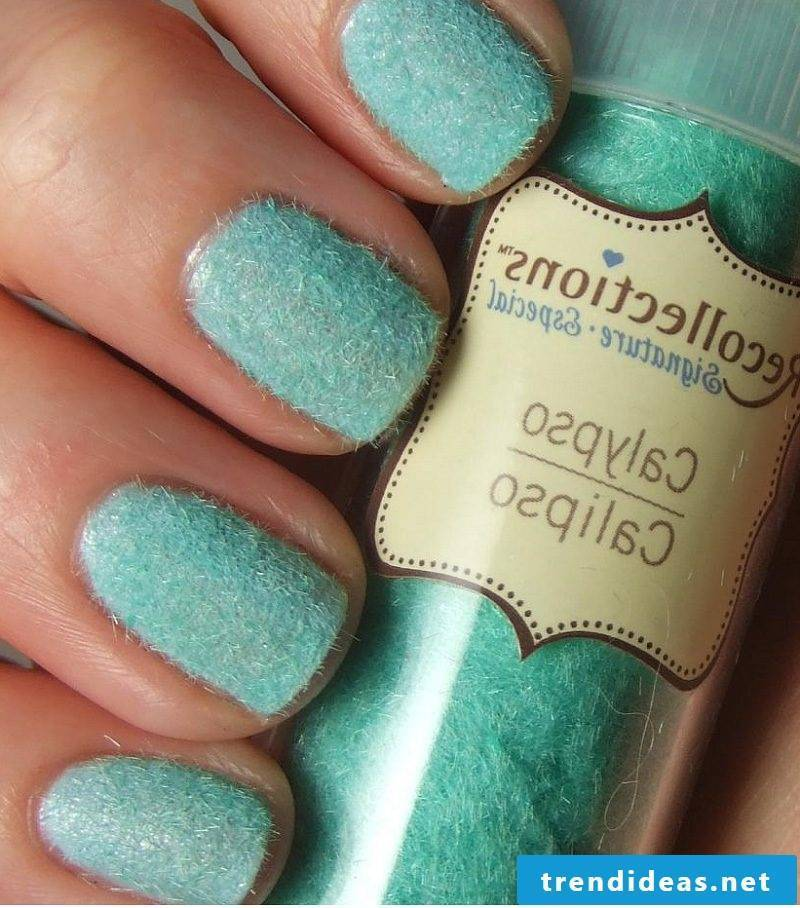 Fingernail design nail polish