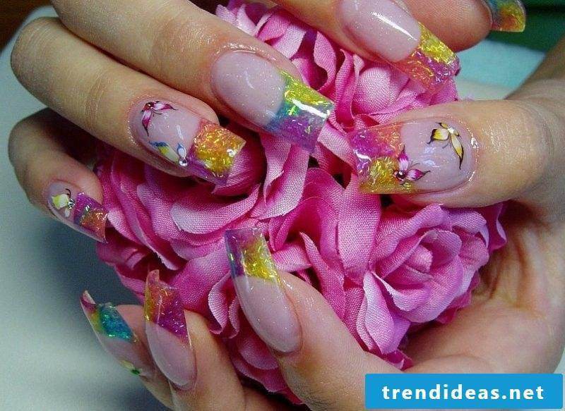 Fingernail design butterflies