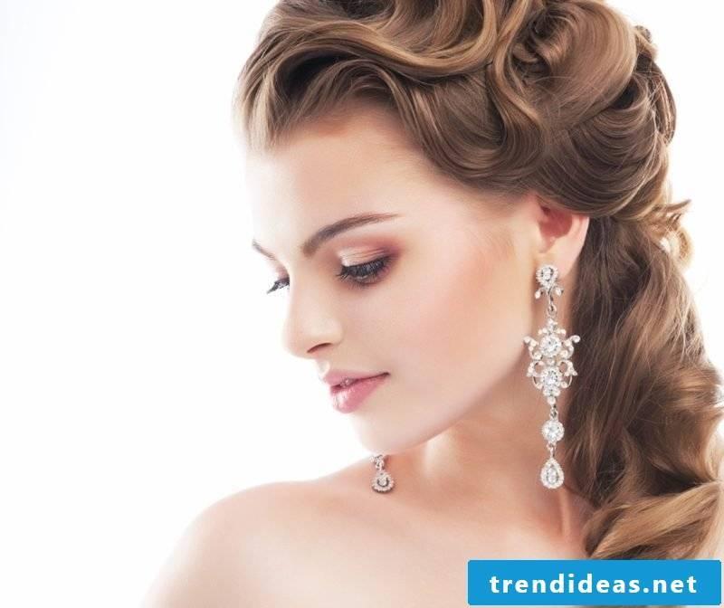 Bridesmaids hairstyles curls