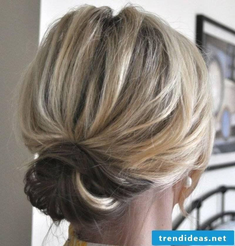 Bridesmaids hairstyles simple bun