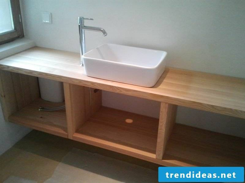 Washbasin in country style