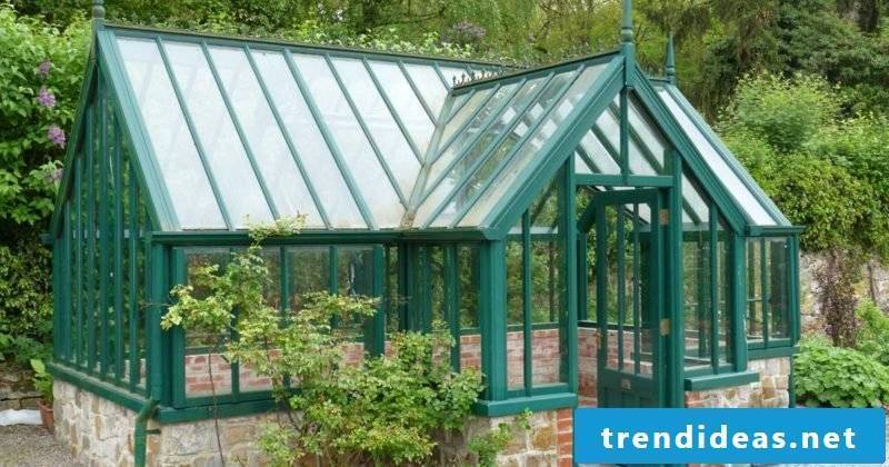 Build the greenhouse yourself
