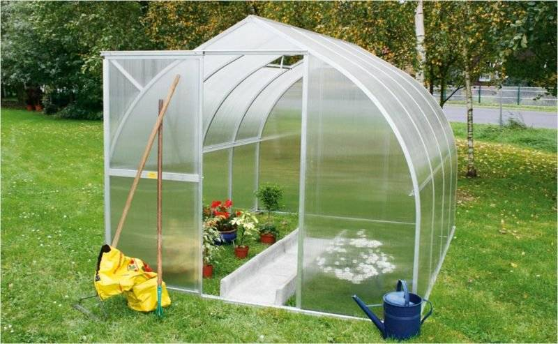 DIY greenhouse simple guide