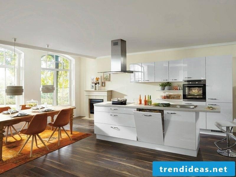 Kitchen with kitchen island modern design