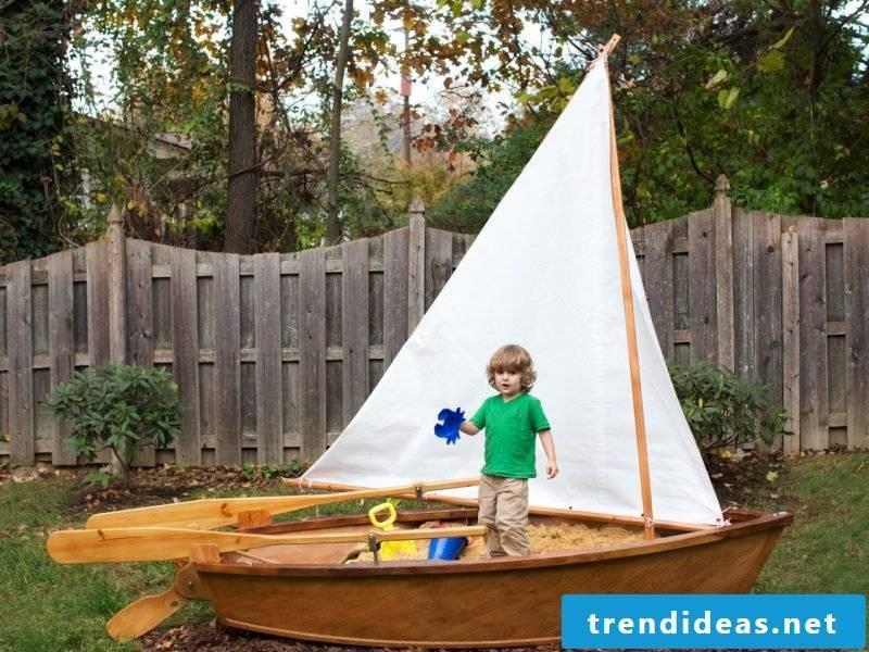 Sandbox build ship