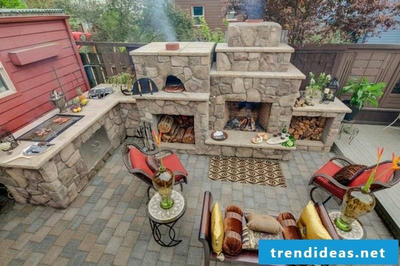 Pizza oven and grill fireplace in stone modern look