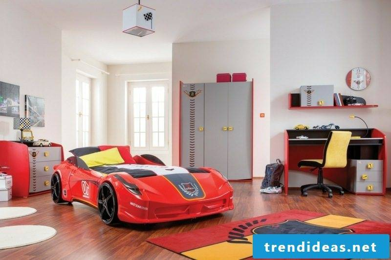 growing baby bed Ferrari