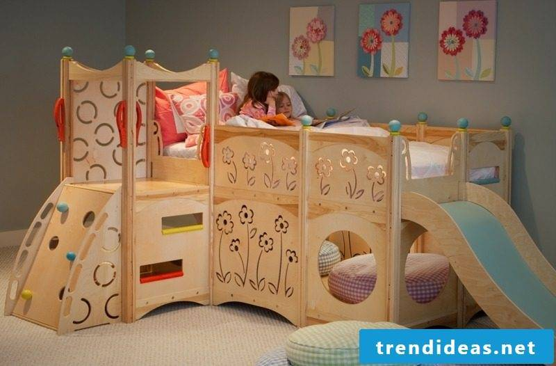 Game bed grows with wood Nursery climbing wall slide