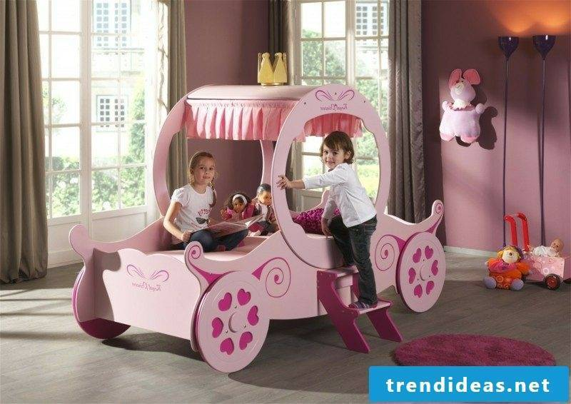 with growing cot carriage