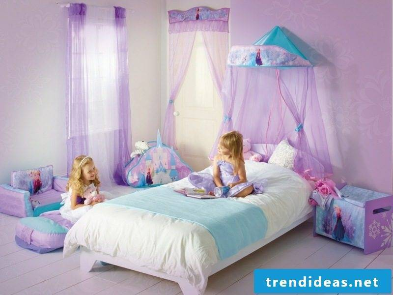 child growing bed with bed canopy